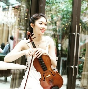 Cristina Huang in Piano/Violin